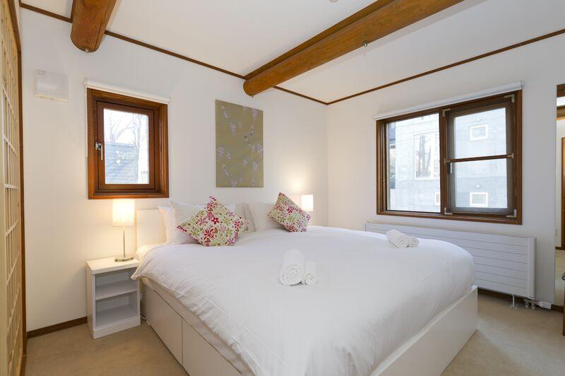 Nupuri - Master Bedroom