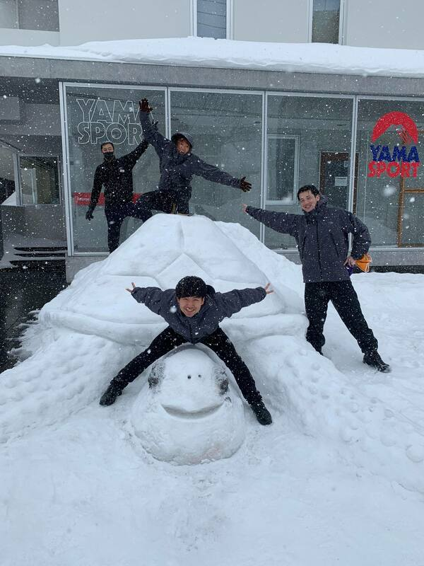 Front Desk team wins Silver in Snow Sculpture contest!