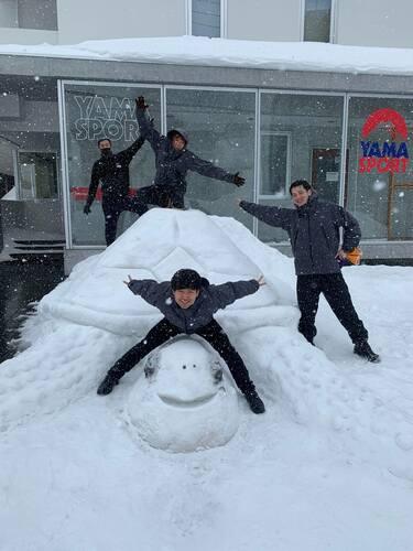 Front Desk team wins Silver in Snow Sculpture contest!