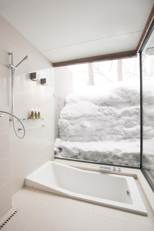 Glasshouse - Bathroom