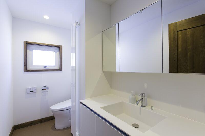 Greystone - Bathroom 4