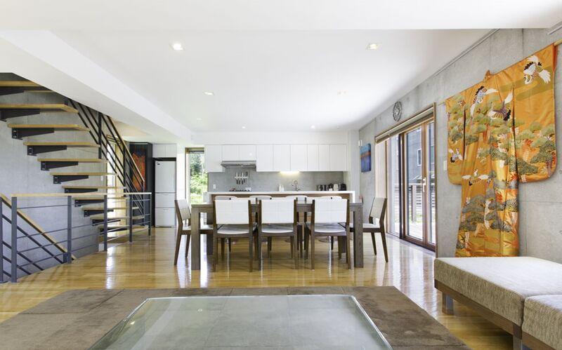 KON M 3BDR House - Living Room