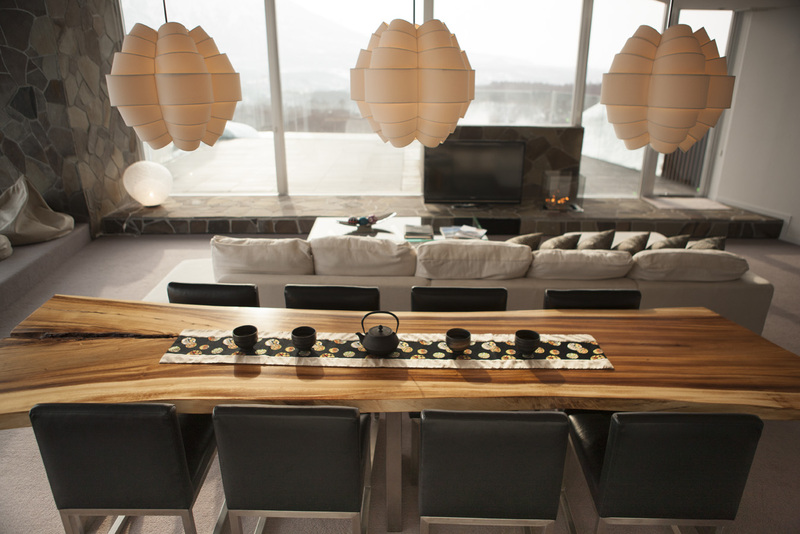 The-Vale-Noseko-Living-Room-5