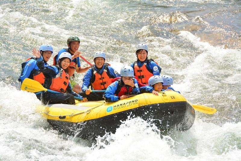 Rafting in Niseko Hanazono