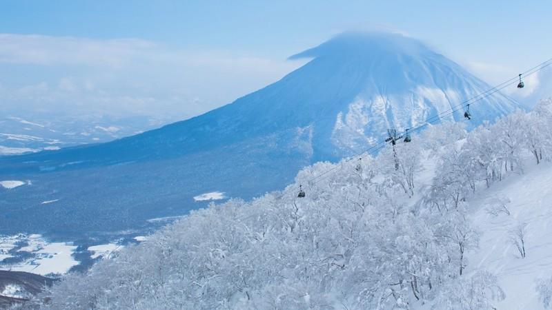mount yotei and niseko united ski resort