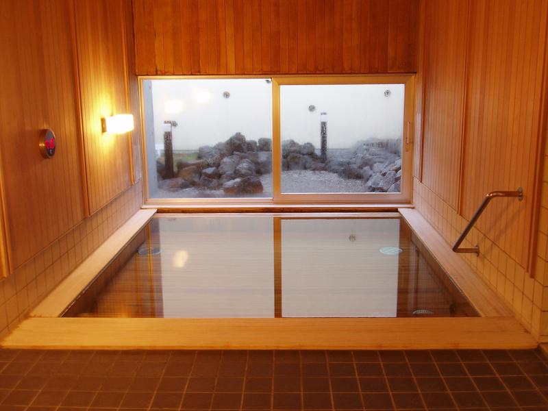 ニセコ綺羅の湯檜風呂