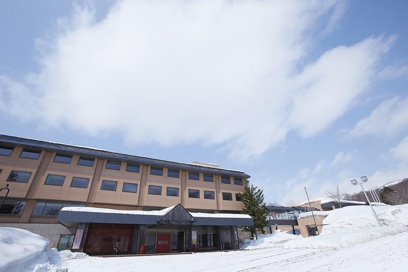 niseko kanro no mori onsen moiwa ski area