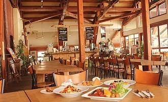 JoJo's(咖啡色及餐廳)