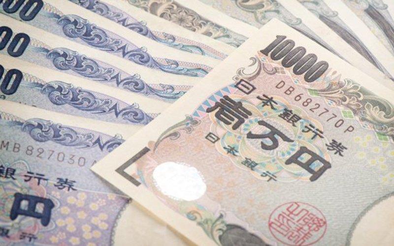 yen cash japan