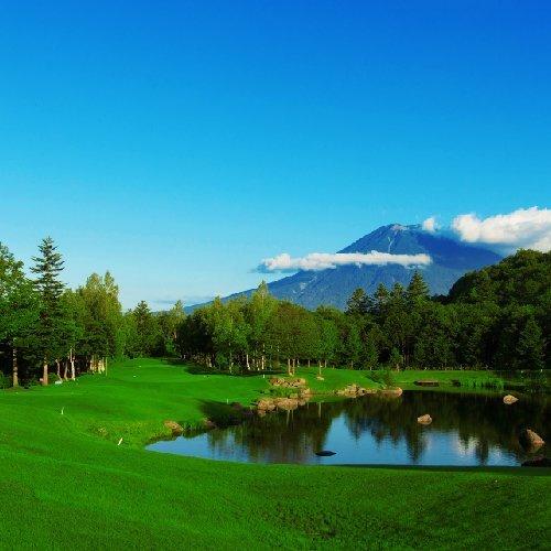 晴天のニセコ花園ゴルフ場