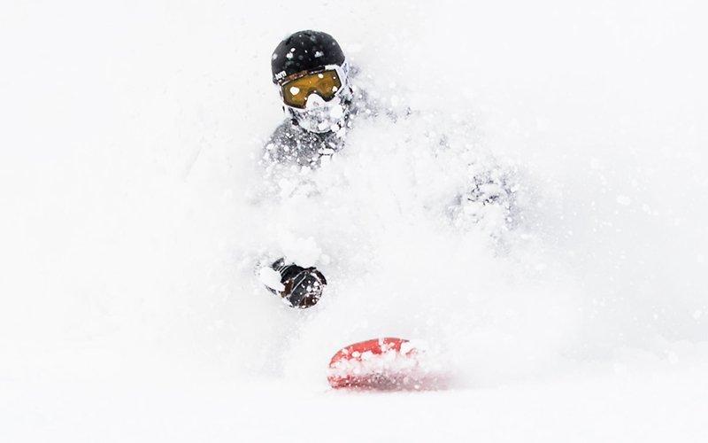 evan wilcox snowboarding niseko japan powder japow
