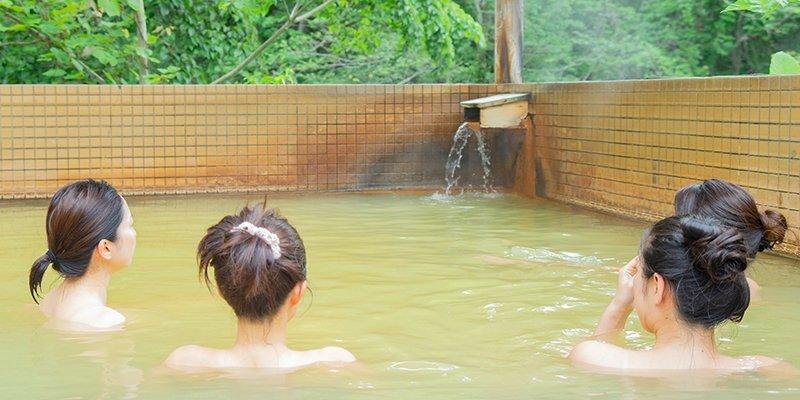 niseko onsen hot spring