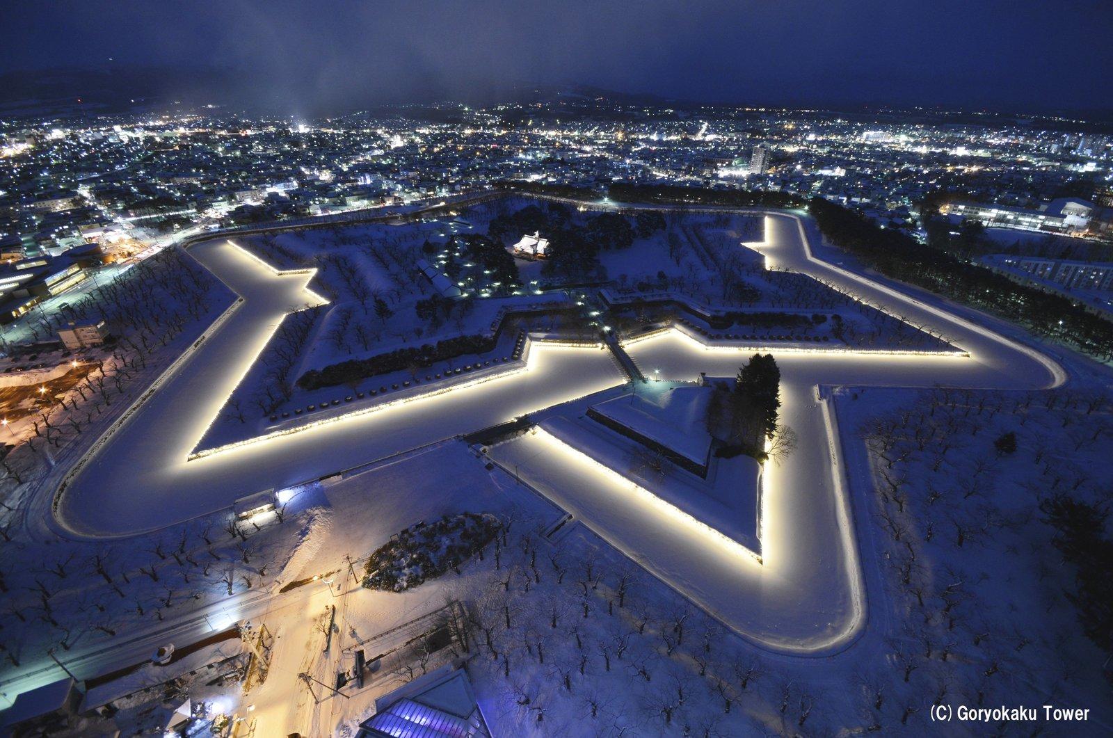 冬の函館五稜郭の夜景