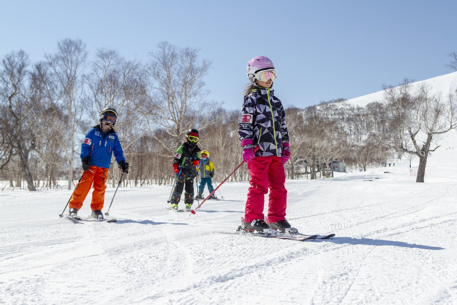kids ski free vacation niseko