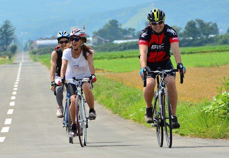 bike riding cycling bicycle niseko summer activities