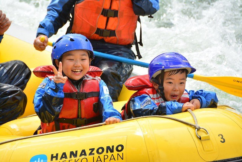 rafting family activity summer niseko
