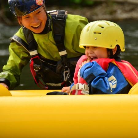 hanazono-kids-rafting