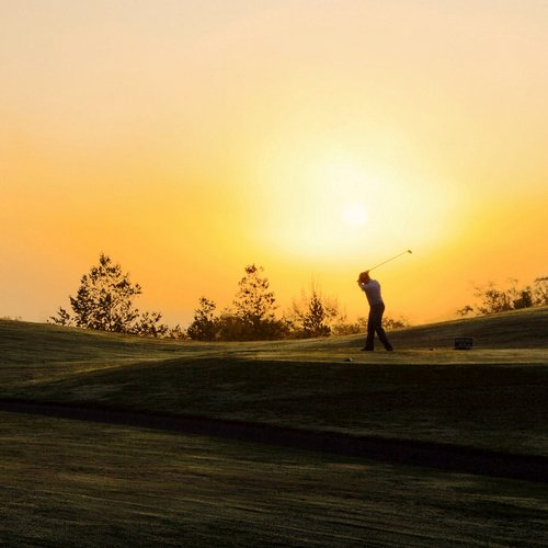 Sunset golf small