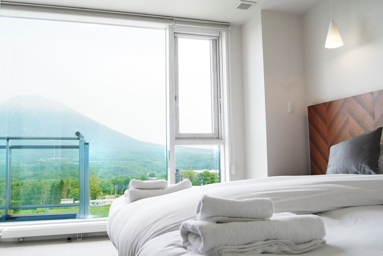 A 3 bedroom Premium apartment in Niseko Landmark View.