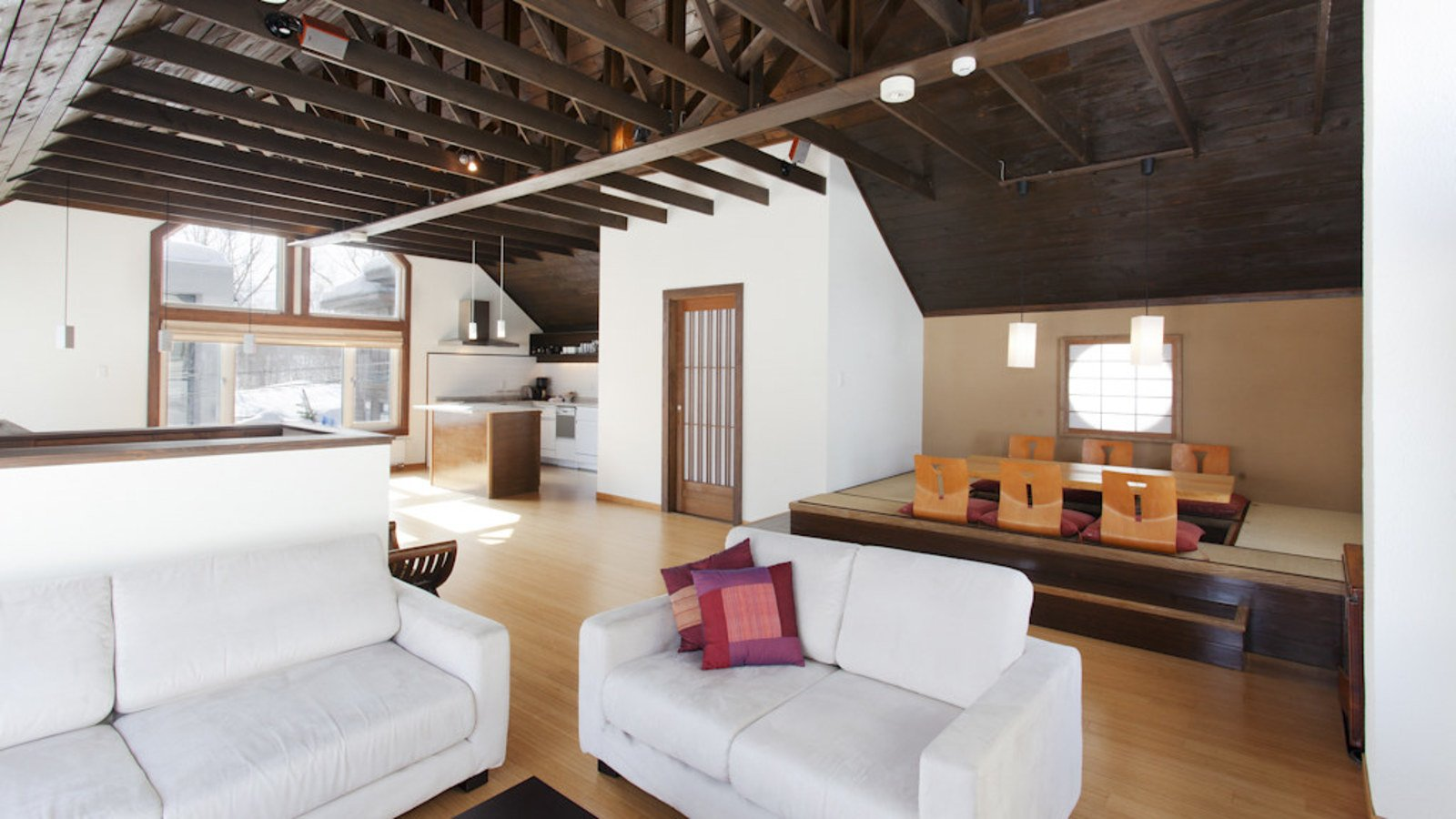 The culture-fusion living room in Ginsetsu, a 3 bedroom house in Niseko.