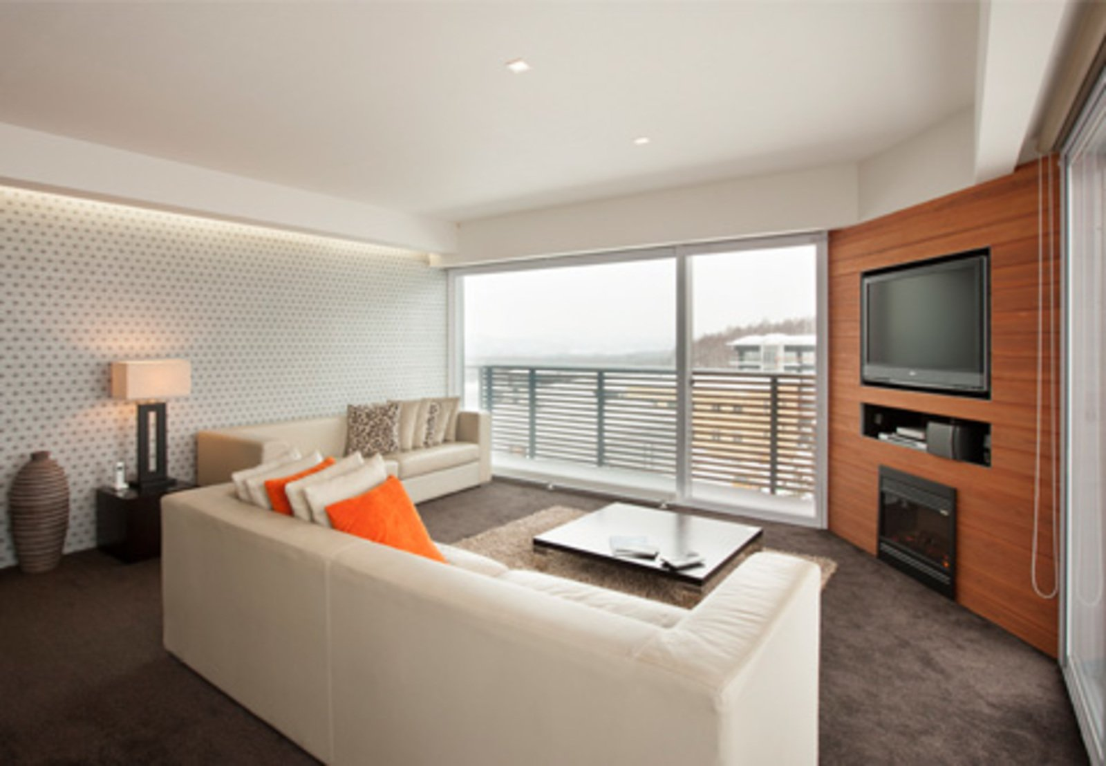 Setsumon 3 bedroom premier apartment living room large