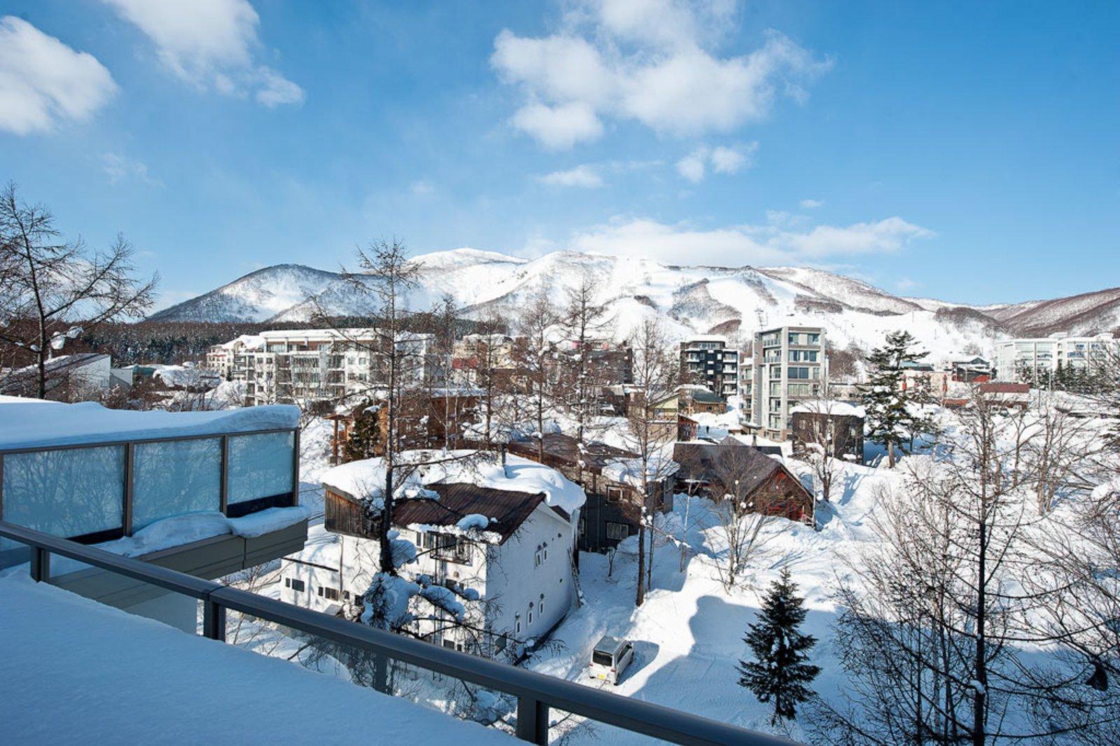 Shiki ski slope view large