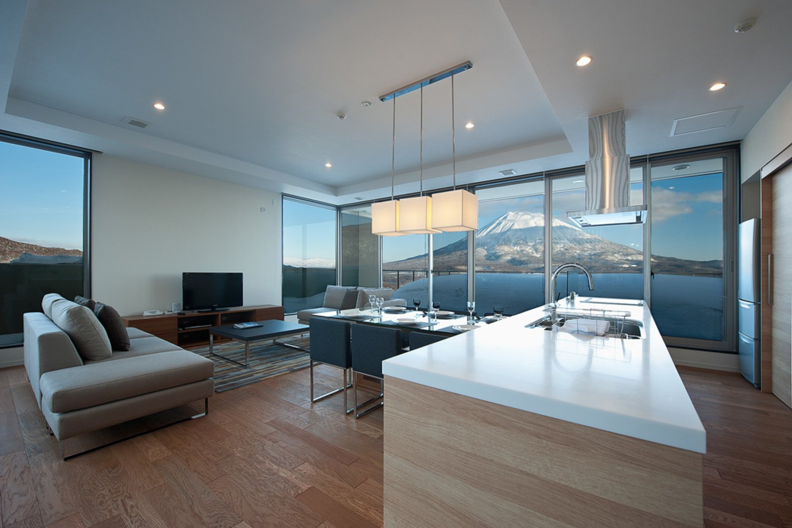 Shiki 2 bdr yotei penthouse large