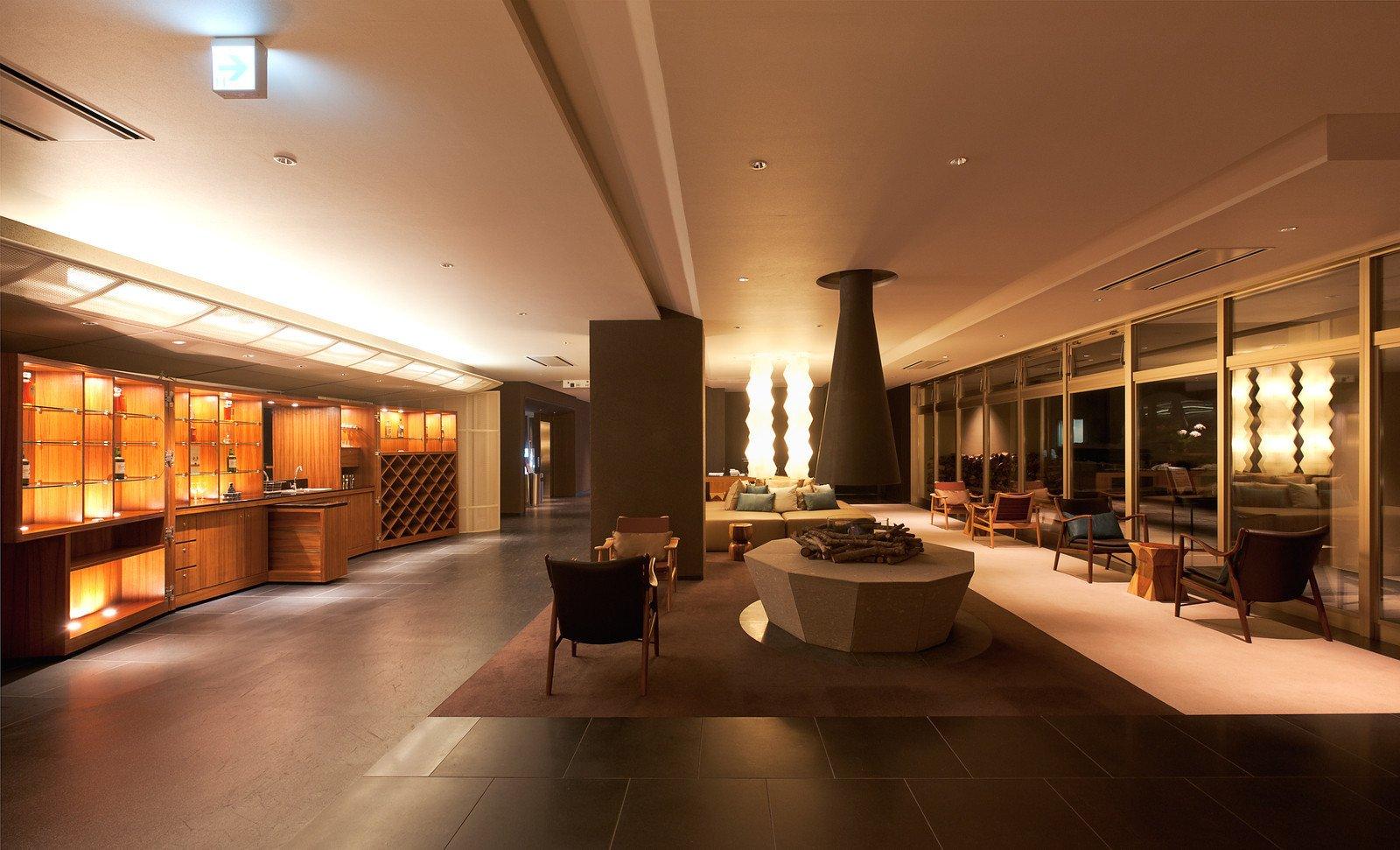 Shiki foyer large