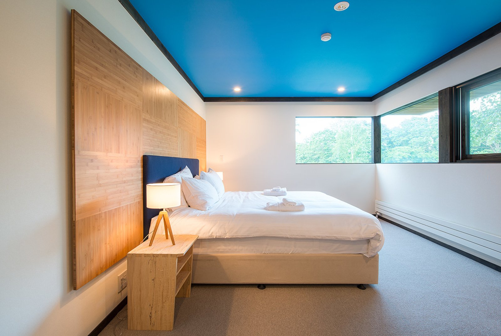 Gustav hideaway master bedroom large