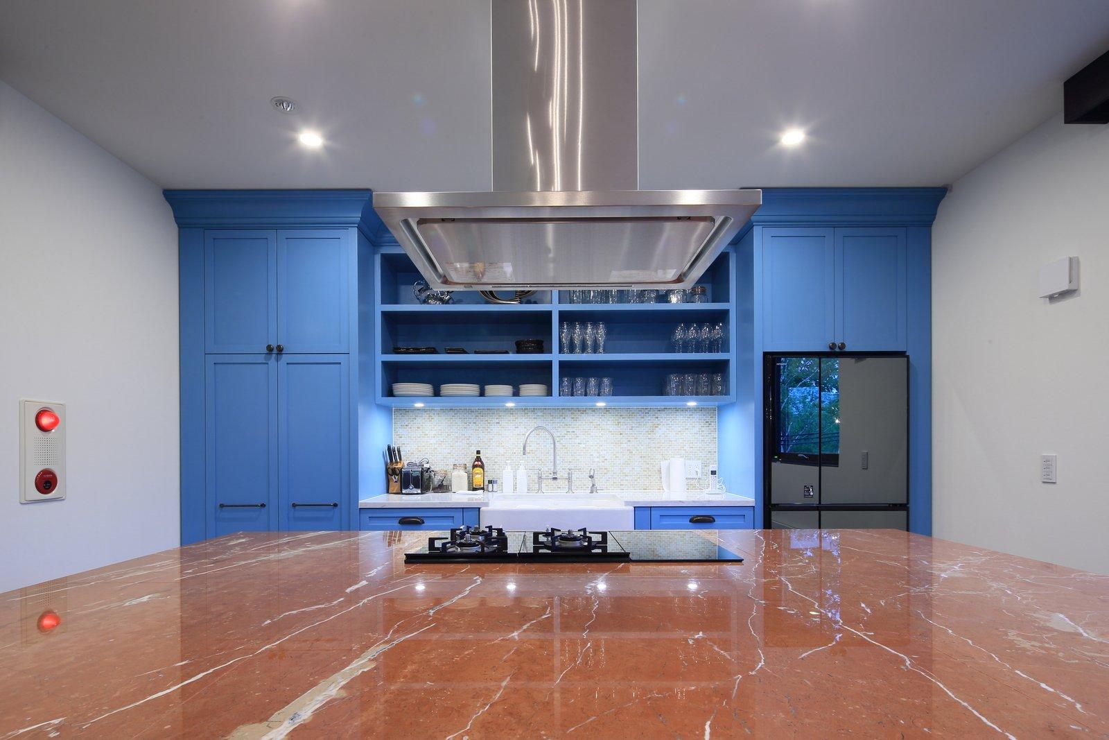 Gustav hideaway kitchen 4 large