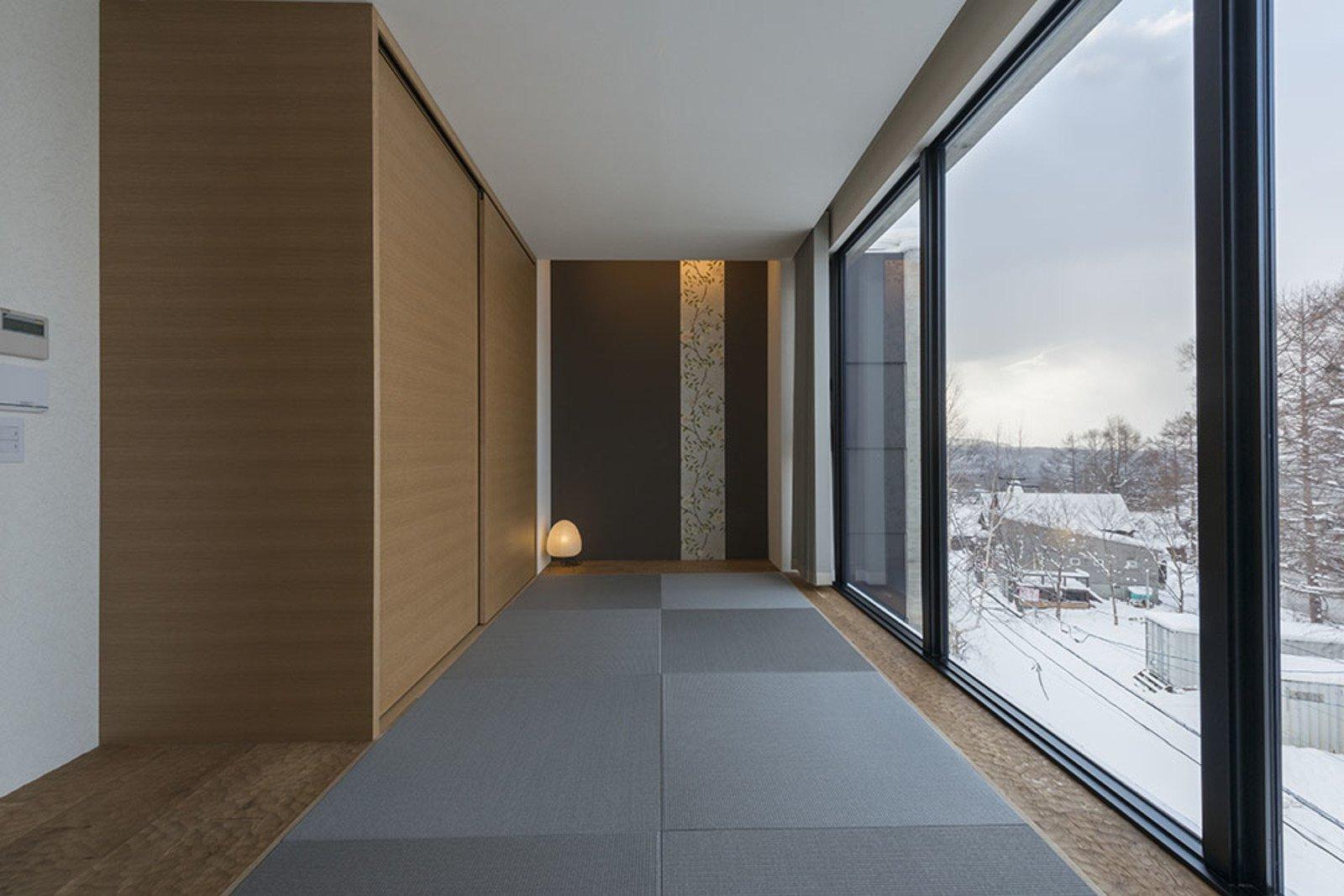 Penthouse tatami room large