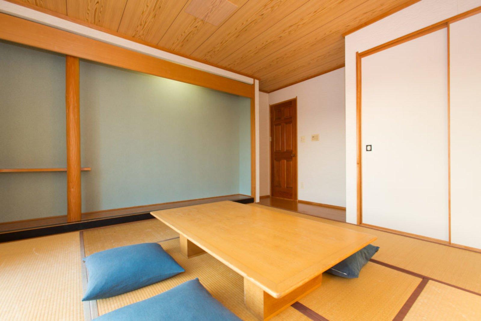 Heritage tatami room large