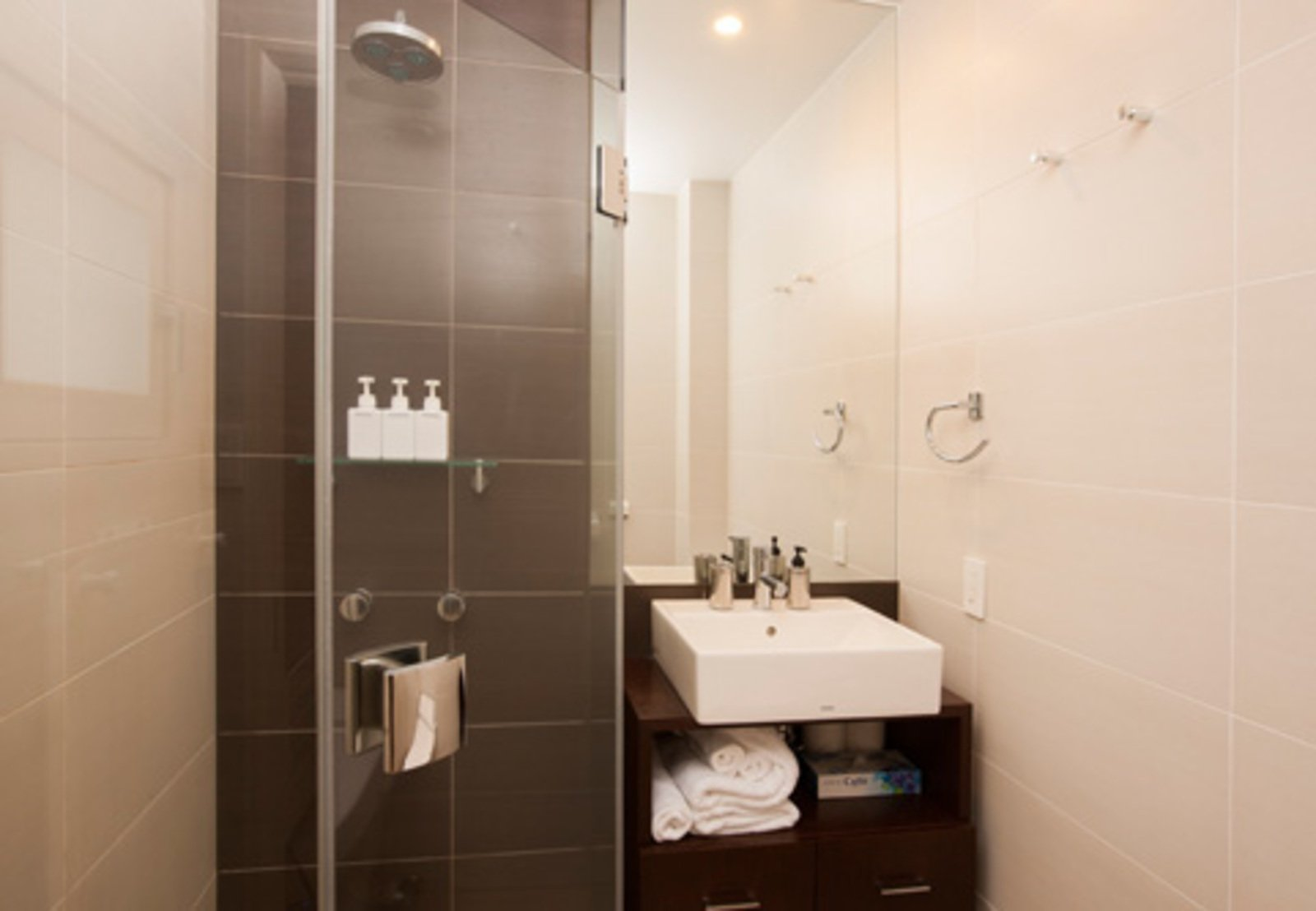 Freshwater studio apartment bathroom large