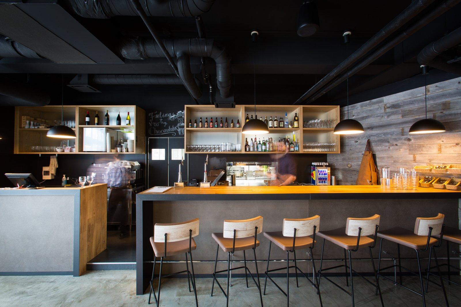 Elements restaurant large