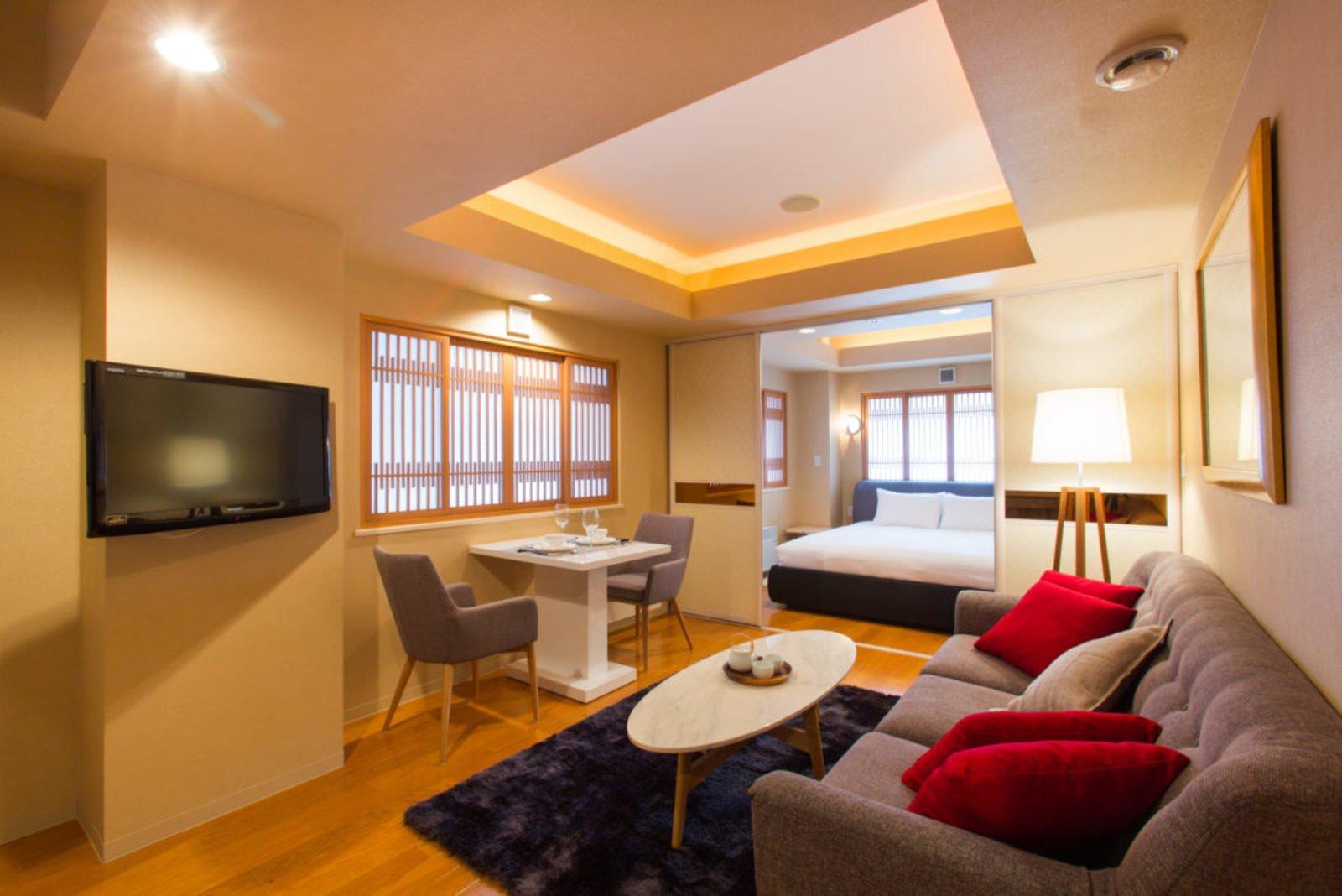 M hotel suite large