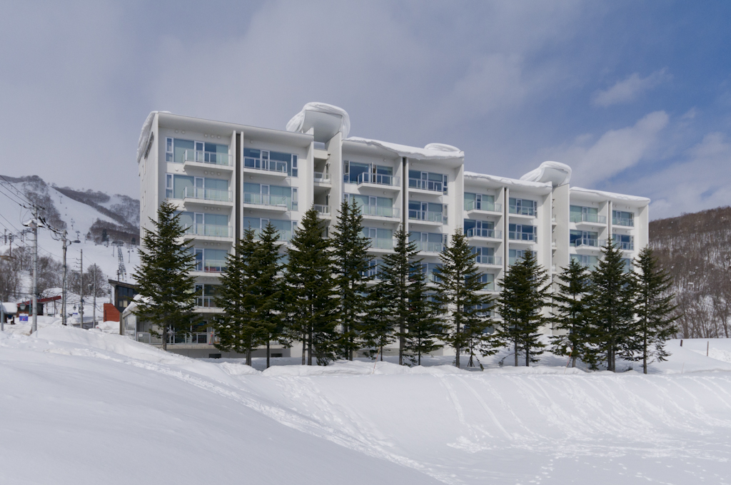 Exterior shot in winter of Niseko Landmark View apartments.