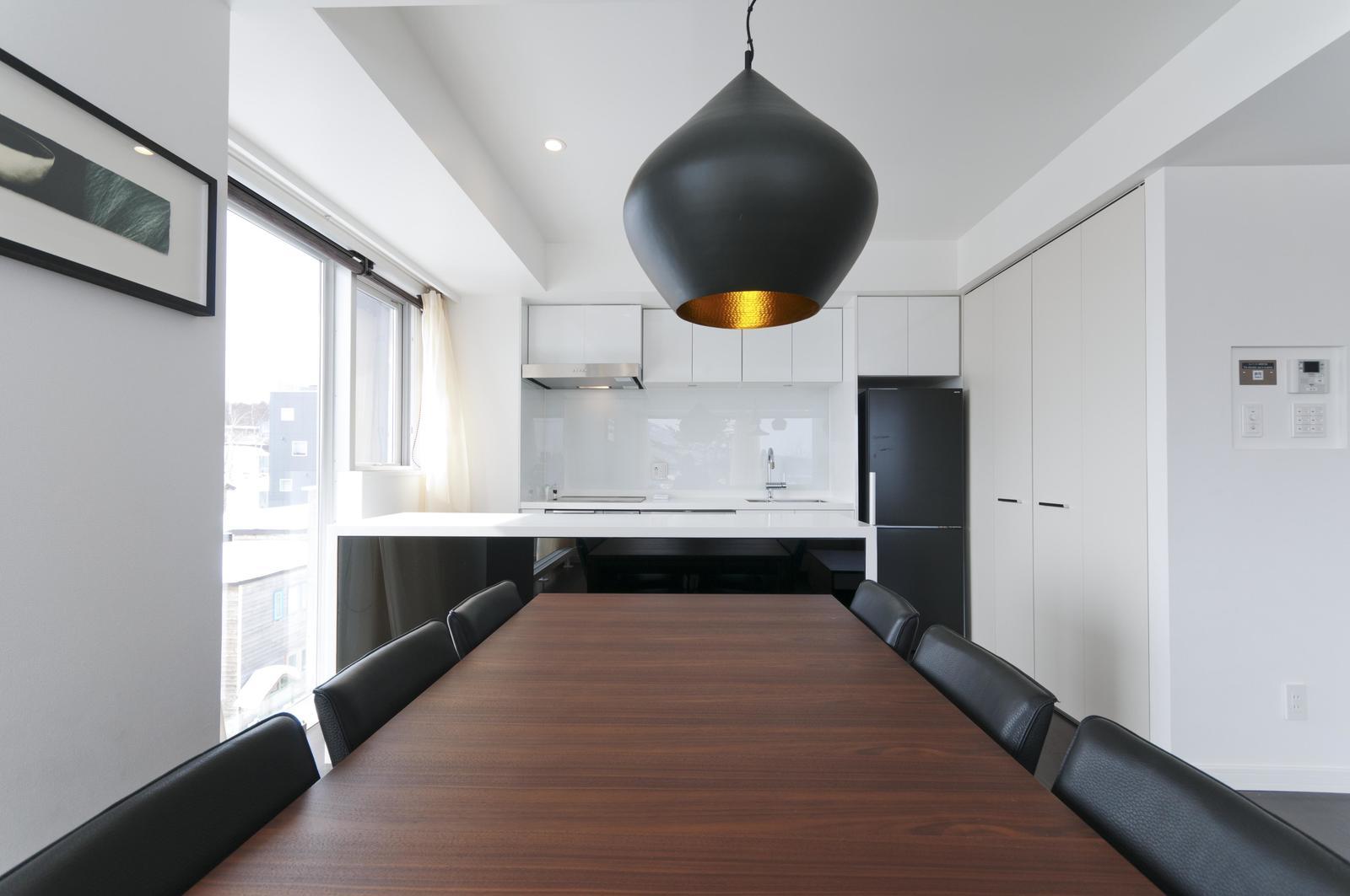 Kizuna 2 bedroom premium apartment dining room large