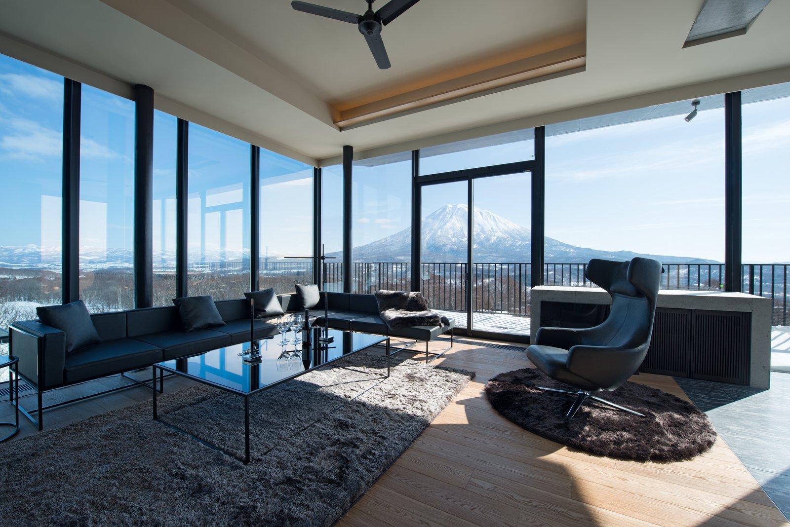 Muse niseko 601 2 bedroom penthouse large