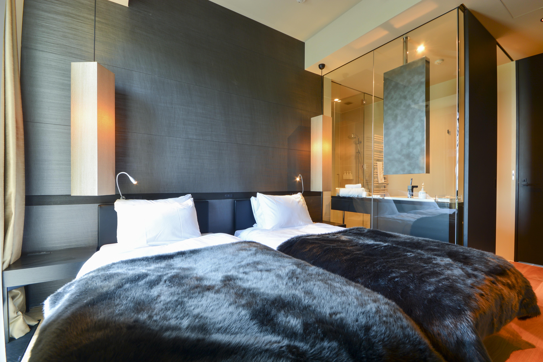 muse niseko penthouse bedroom