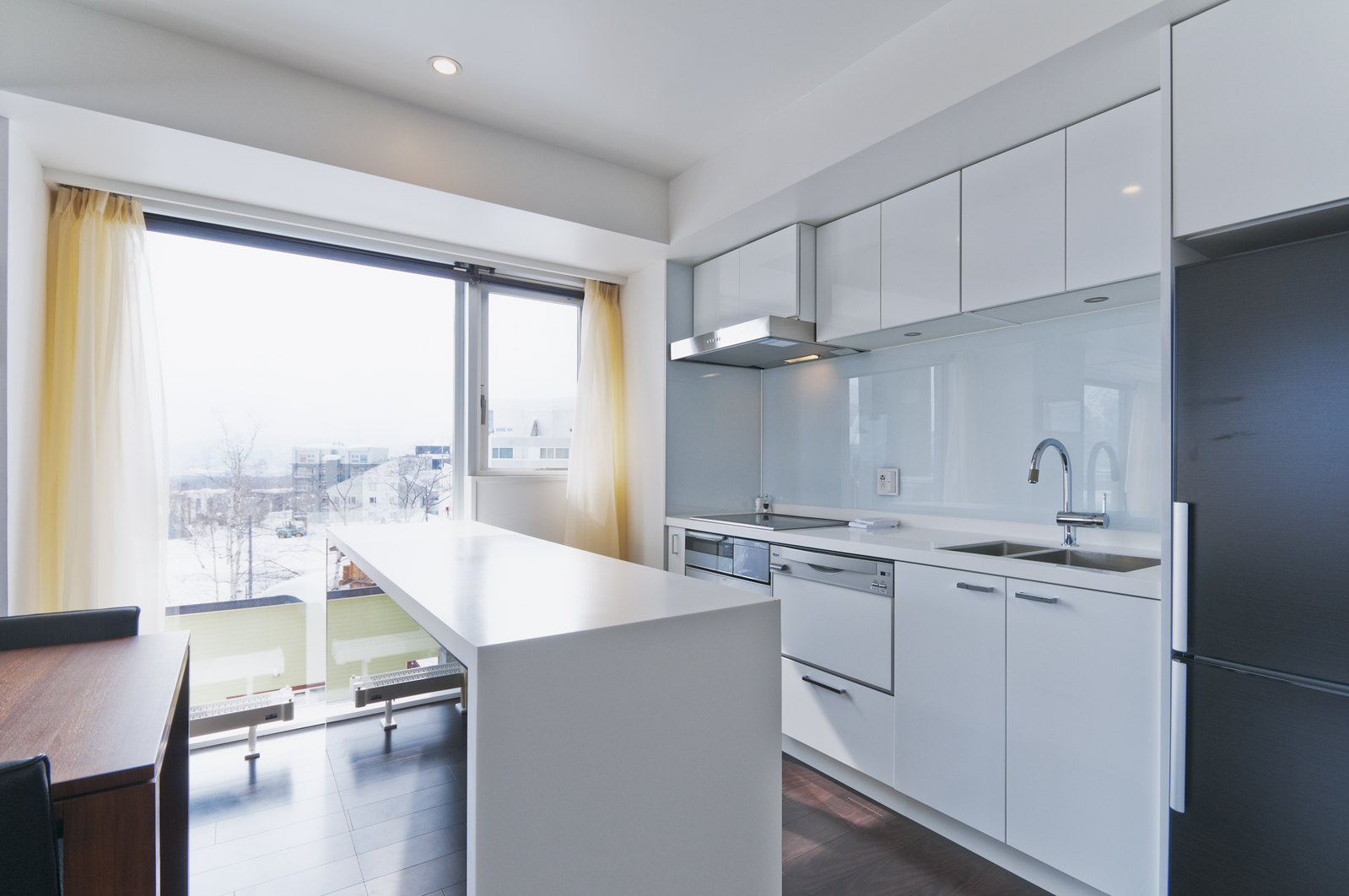 The fully furnished kitchen in a 2 bedroom Premium apartment in Kizuna, Niseko.