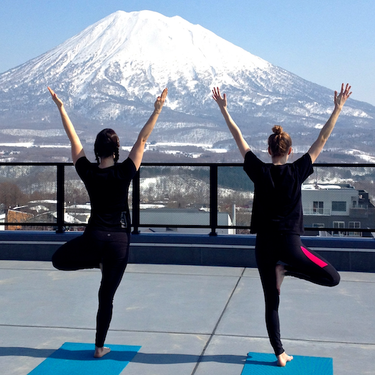 yoga niseko winter classes private