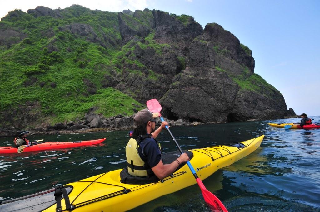 sea kayaking niseko summer activities