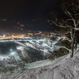 Niseko s extraordinary night skiing small