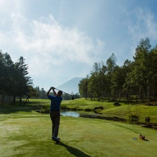 Niseko the star of of hokkaido golf small