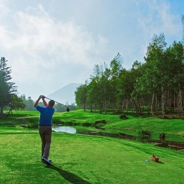 Niseko golf package medium